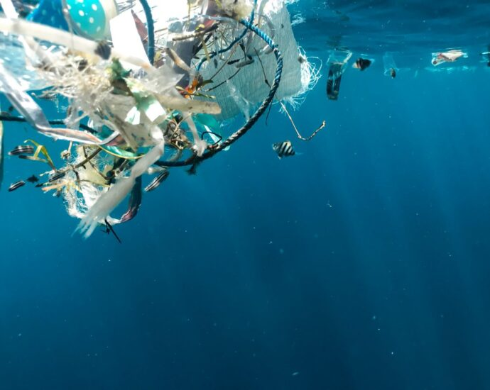 Eyesea enlists shipping industry help to track plastic pollution