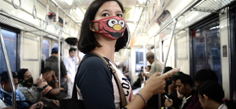 Jakarta residents await landmark ruling on right to clean air   Environment News