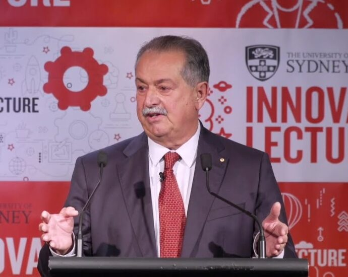 Liveris calls for innovation policy overhaul