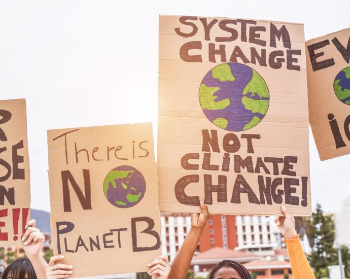 Texas Campaign For The Environment Joins Global Movement By Protesting Plano Liberty Mutual