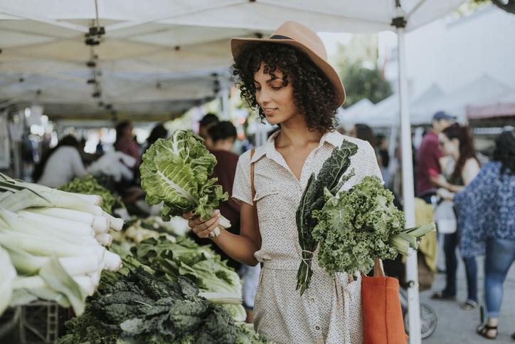 6 Common Environmentally-Friendly Food Myths To Debunk