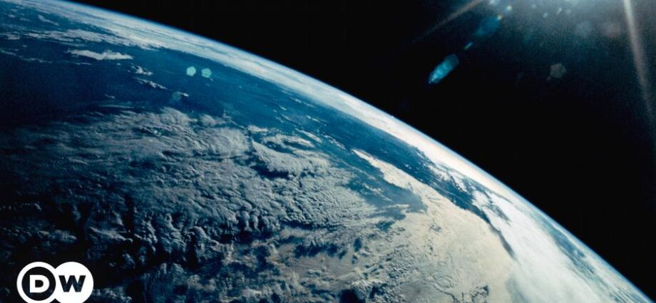 Earth Overshoot Day moves forward by nearly a month | Environment| All topics from climate change to conservation | DW