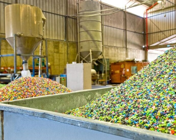 plastic recycling, industrial waste