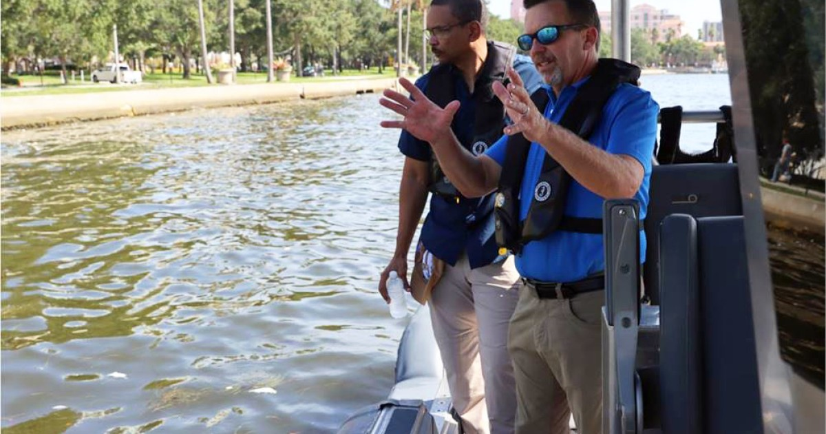State Environmental Officials Tour Tampa Bay; Pledge Help In Fighting Red Tide
