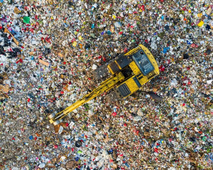 The secretive scrap plastic trade between Canada and the U.S.