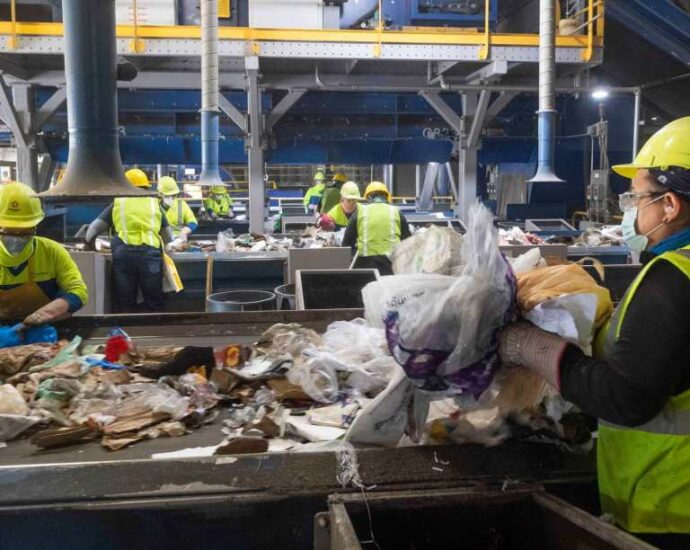 Sweeping recycling, plastics bills await the green light from Gov. Newsom – East Bay Times