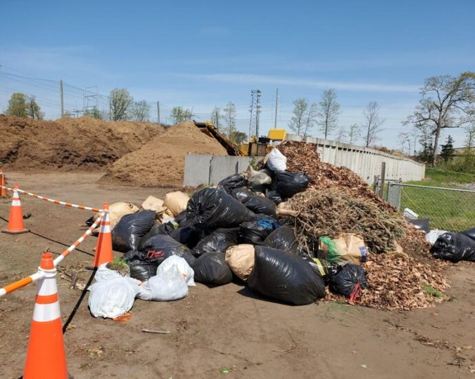 For yard waste, it's paper, not plastic   News
