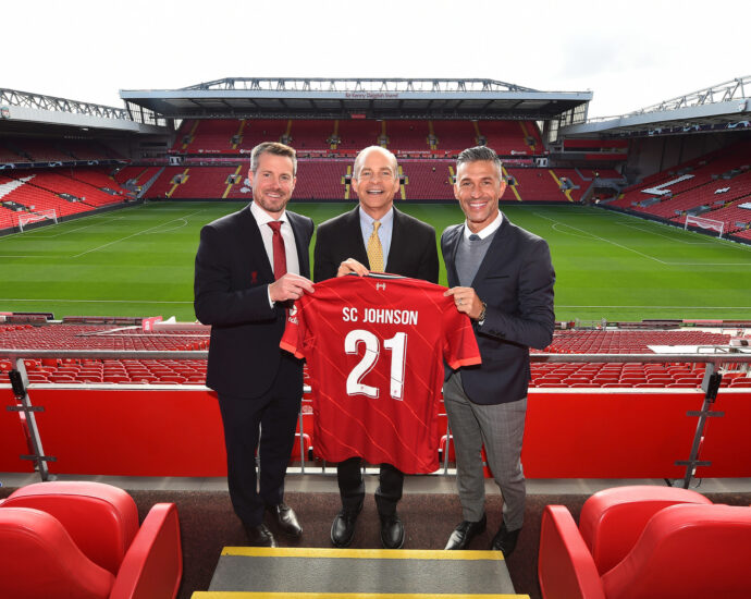 SC Johnson and Liverpool Football Club Team Up to Tackle Plastic Waste; Anfield Plastic to Become New Mr Muscle® Bottles
