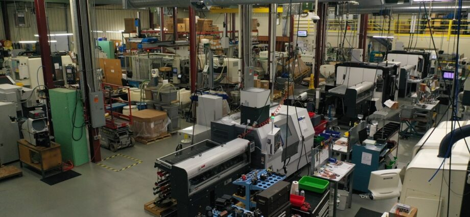 Top Shops: Benchmarking Injection Molding in a Pandemic Year