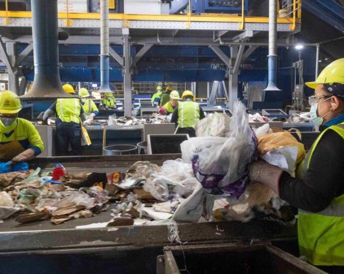 Sweeping recycling, plastics bills await the green light from Gov. Newsom – Marin Independent Journal